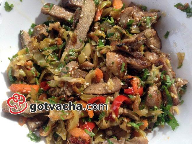 Свинско по китайски със зеленчуци