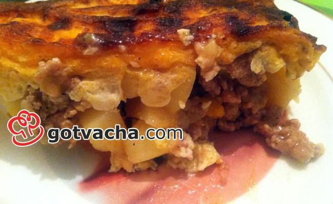Традиционна рецепта за мусака с кайма и картофи